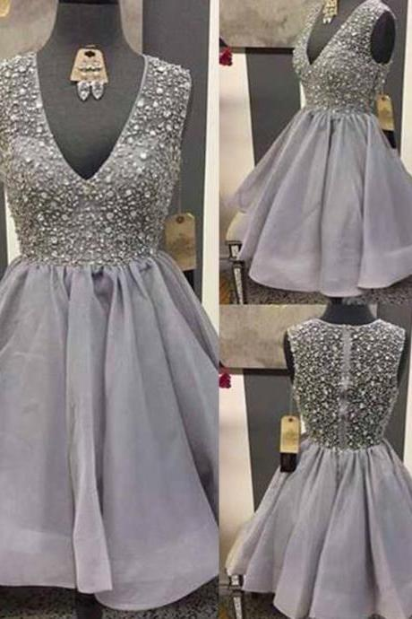 Glamorous A-Line V-Neck Sleeveless Grey Organza Short Homecoming Dress With Beading