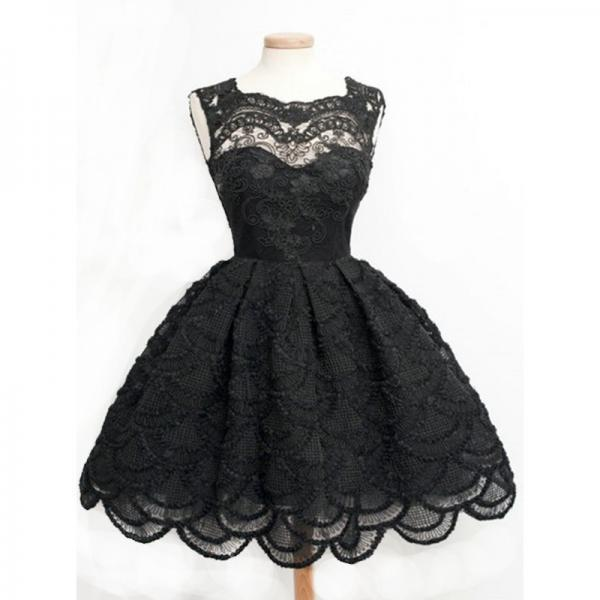 Vintage Ball Gown Sleeveless Black Lace Homecoming Dress With Keyhole